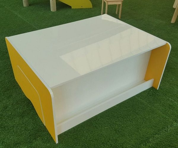 Moon Kids play table