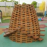 moon-kids-outdoor-furniture-timber-beehive-climber-4