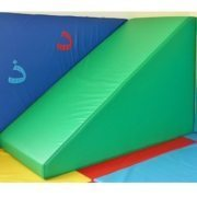 moon-softplay-climbing-corner-ramp