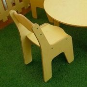 moon-kids-furniture-round-table-and-chair-set-2