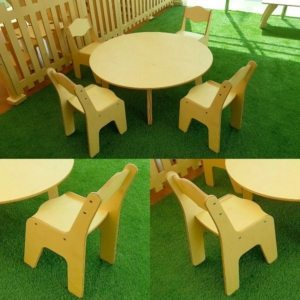 moon-kids-furniture-round-table-and-chair-set