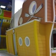 moon-kids-playhouse-wooden-boat (4)
