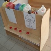 moon-kids-furniture-paint-easel1