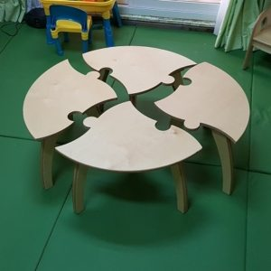moon kids furniture round jigsaw puzzle table