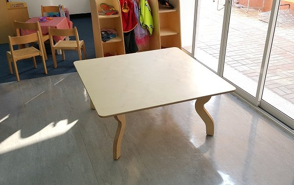 moon kids furniture square table with wooden legs
