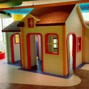 moon-kids-playhouse-roleplay-house-1