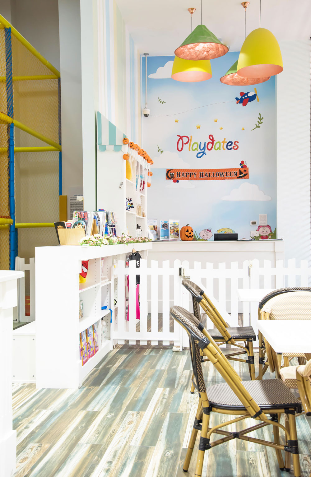 moon-kids-project-playdates-coffee-shop