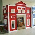 moon-kids-playhouse-european-town-hall-playhouse-2