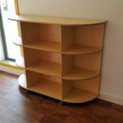 moon-kids-furniture-rounded-end-shelving-unit-with-wheels-2
