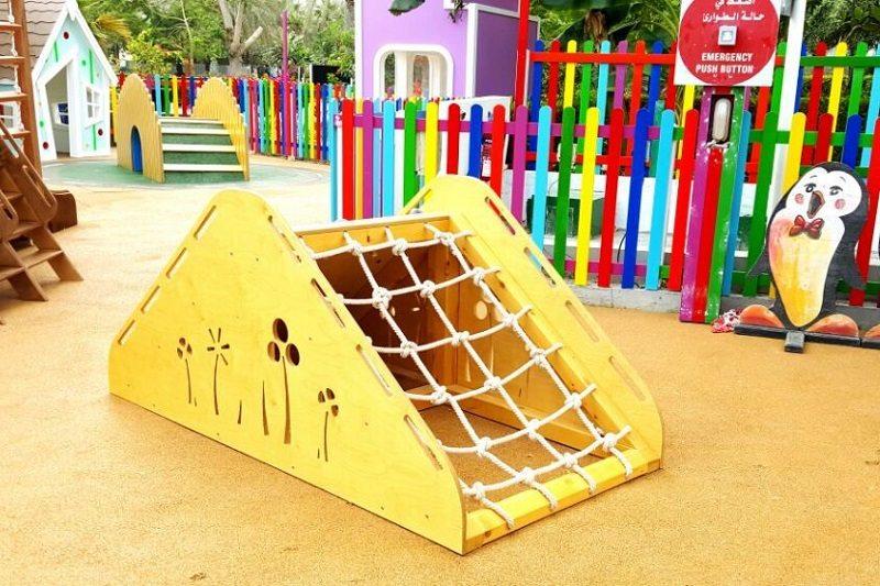 Moon Kids Project Penguin Kids Club at Le Meridien Al Aqah Fujairah